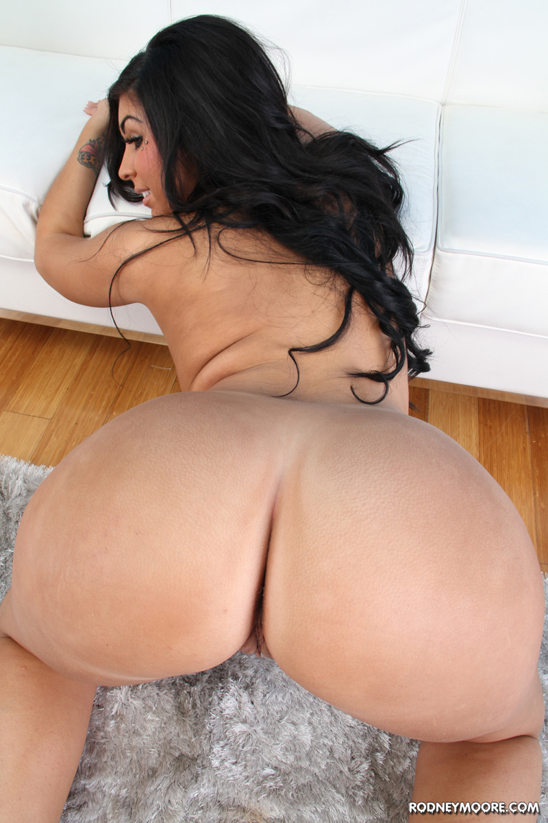 Bangbros big booty pawg katia is ready for spring break are you