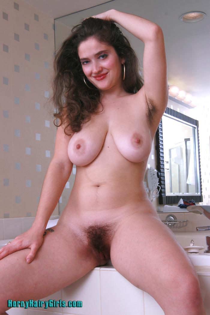 Curvy nude girls hairy pussy